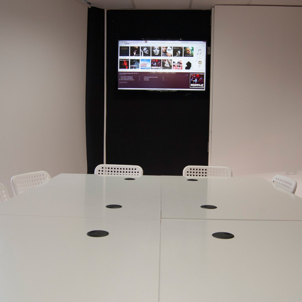 D-Visual meeting room